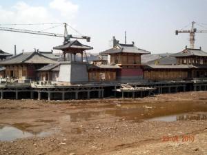 J11 grottes de Yungang 1 chantier nouveau palais sur pilotis 165